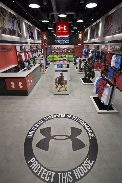 » Storeage creates Under Armour's first European outlet