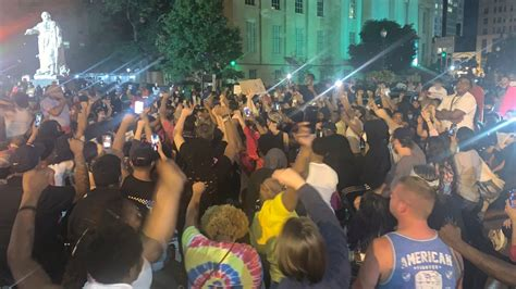 7 Shot at Kentucky Protest Over Fatal Police Shooting of