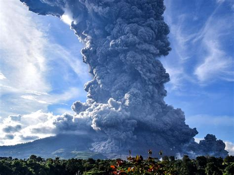 Mount Sinabung: Indonesia volcano erupts, plunging
